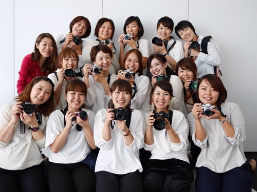 関東カメラ部│ベビグラファーはベビーマッサージの先生