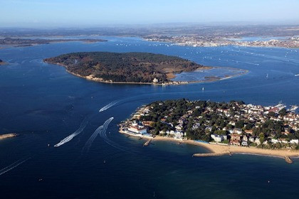 Working to protect coastal waters in Poole Harbour