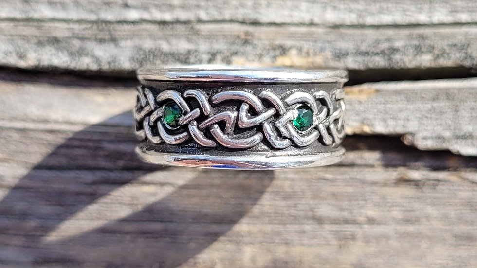 Celtic Knot Created Emerald Ring