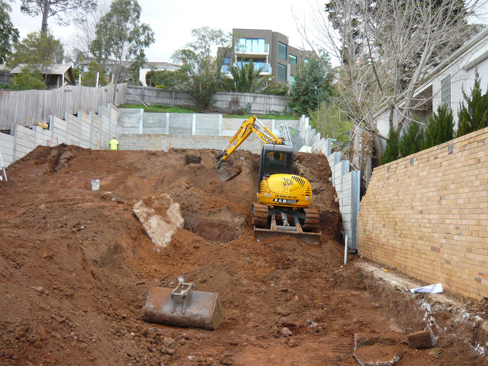 Excavation Earthmoving (Site Cut)