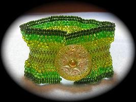 Green Wave Bracelet.jpeg