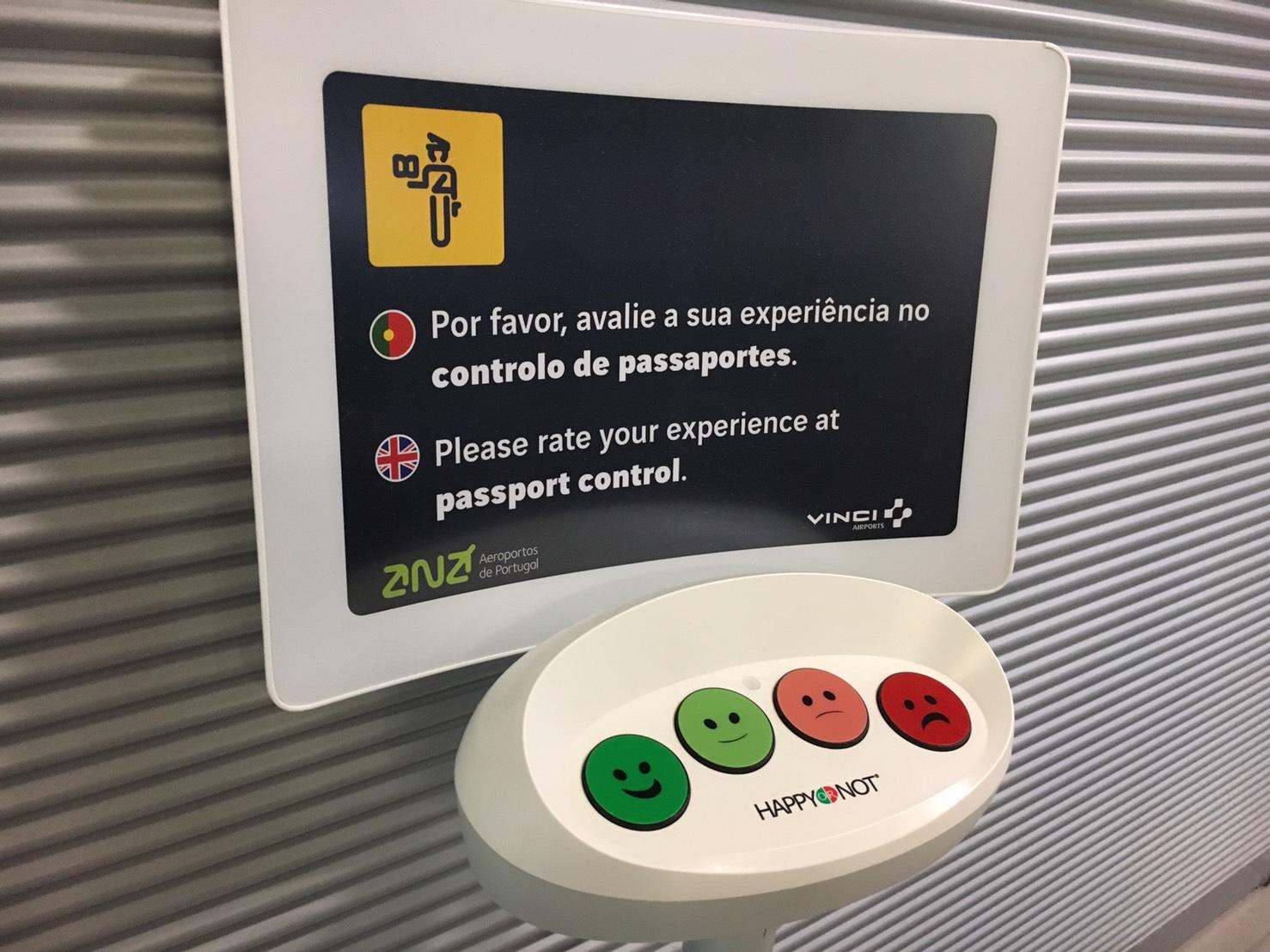 Lisbon Airport HappyOrNot