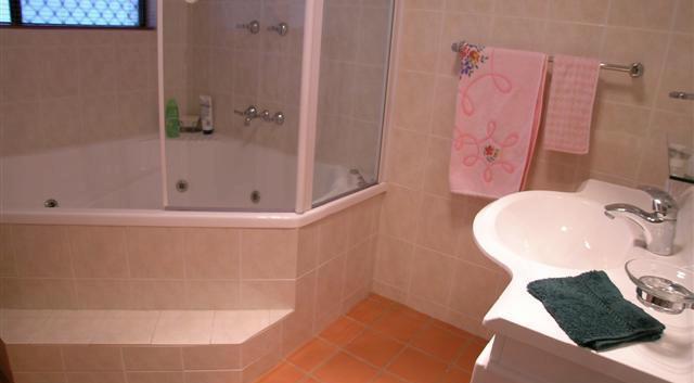 BEFORE bathroom 1.jpg