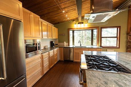 DE-Lakehouse kitchen 5.jpg