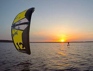 wind surf on floras lake.jpg