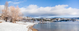 Jindabyne-Lake-Snow.jpg
