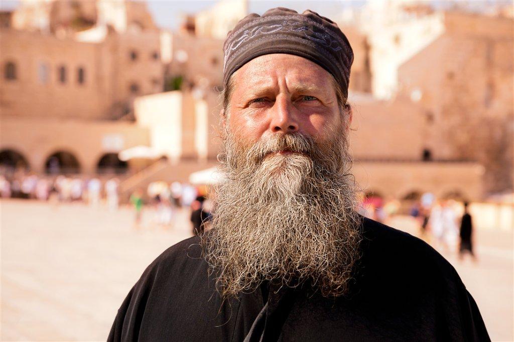 IMG_2618+bearded+man_norm.jpg