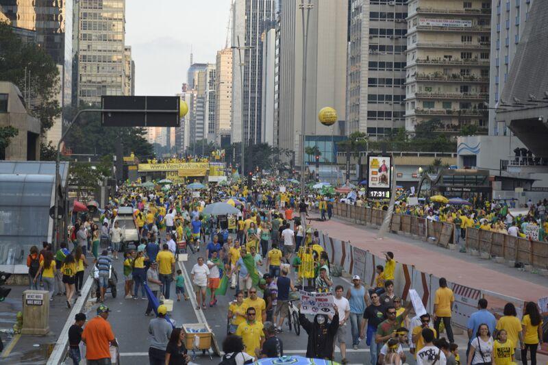 Manifestação_12_abril_foto_2