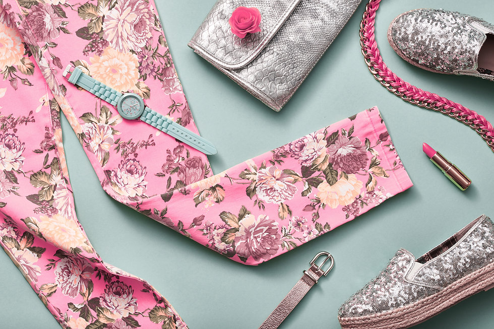 ピンクのファッションレギンス