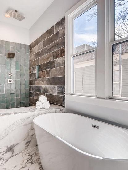 1063 Oak St SW Atlanta GA-large-019-018-Master Bathroom-1500x1000-72dpi.jpg