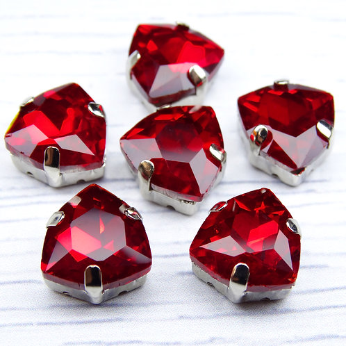ТЦ004НН12 Хрустальные стразы в цапах, цвет: красный, размер: 12 мм, 1 шт.