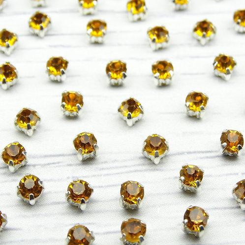 СЦ013НН44 Хрустальные стразы Медовый в металлических цапах (серебро), 4х4мм.