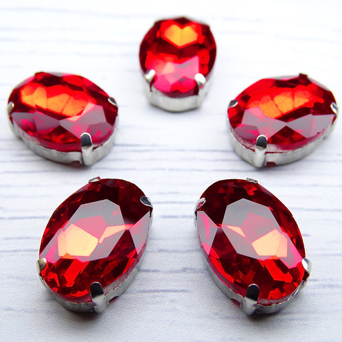 ОЦ005НН1318 Хрустальные стразы в цапах овальные, цвет: красный, 13х18 мм, 1 шт.