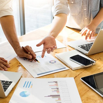 business-people-meeting_1421-559.jpg