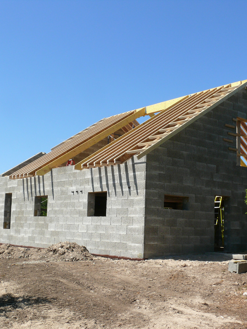 Putting the roof on a Nexcem ICF home