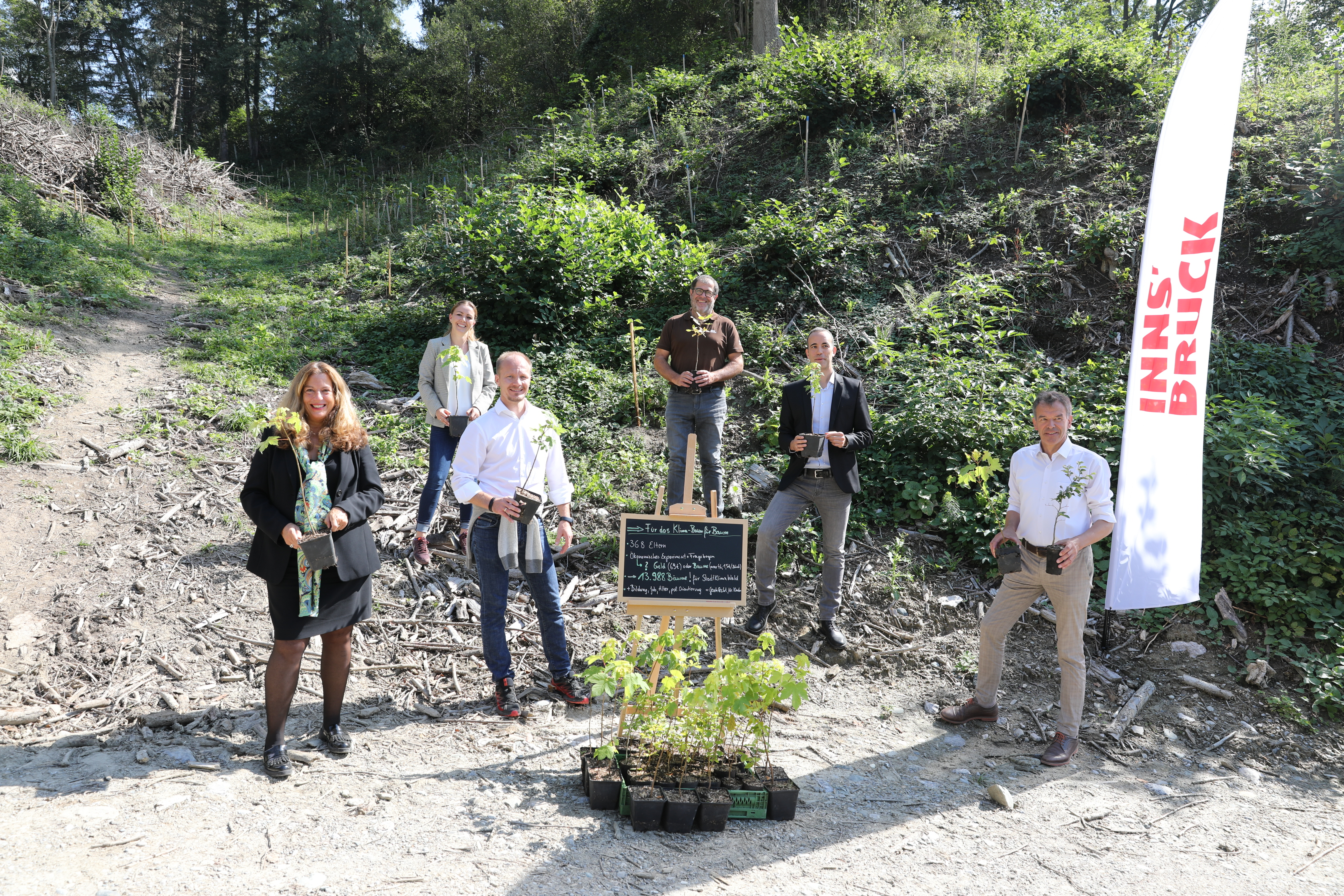 "Press conference for the project ""For the climate - tree by tree"""