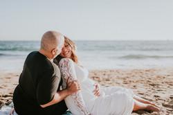 couple on beach pregnancy photos maternity photography los angeles california