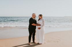 couple on beach pregnancy photos pregnancy photos maternity photography los angeles california