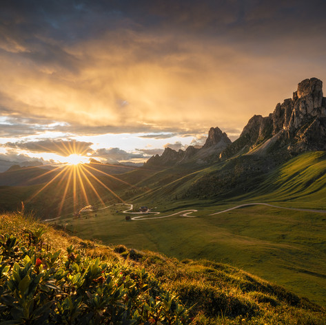 Italy - Dolomites, light and rain