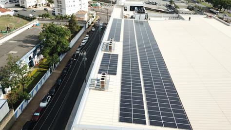 Confiança Supermercados em Sorocaba com Energia Solar