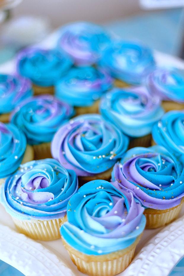 blue%20cupcake_edited.jpg