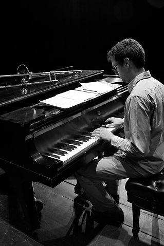 Mike Conrad - piano 1.jpg