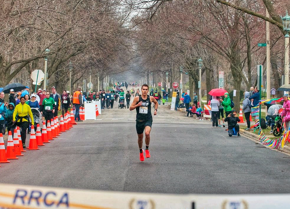Chris Robertson wins Good Life 5k 2019