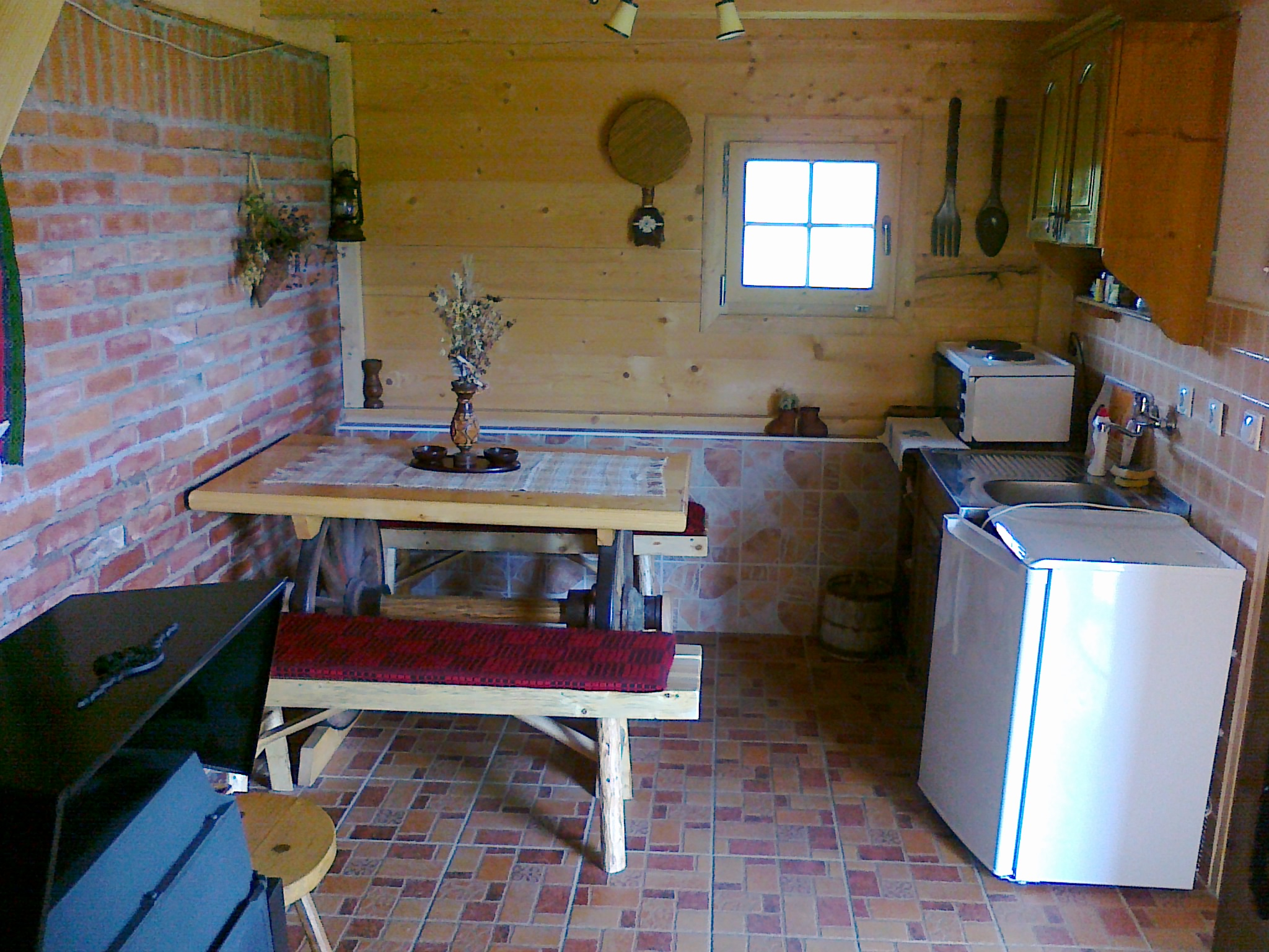 Кухиња брвнара Б2, Рудно, Шеклер