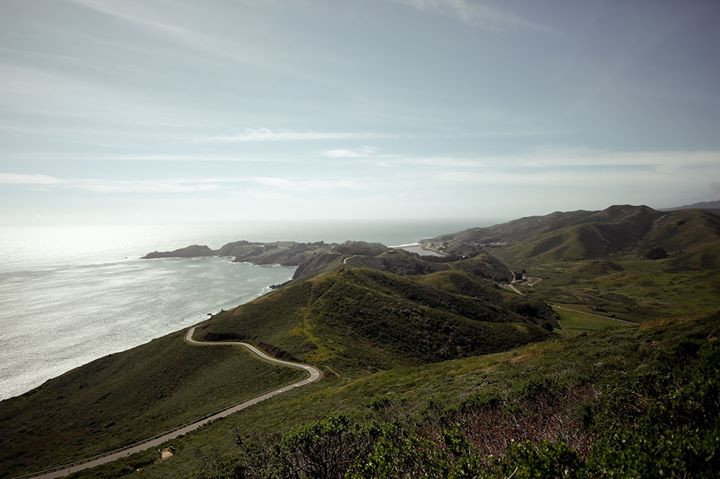 randomly found this lookout near Marin Headlands in SF. Who would have known there'd be this view right next to the city.jpg