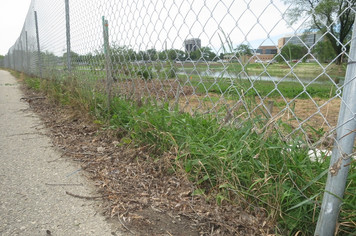Low angle fence example photo