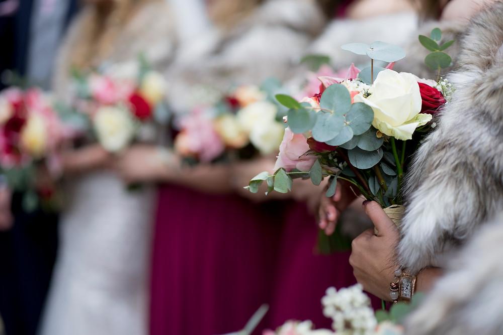 flowers bouquets faux fur marriage wedding ceremony oaks farm barn