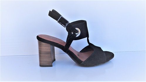 CHAUSSURES - Neuves - Taille 35/36