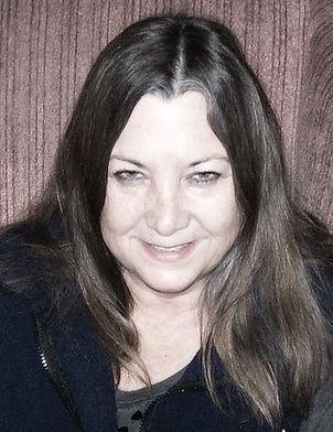 sarah profile pic 03.jpg