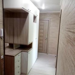 Шкаф необычной формы