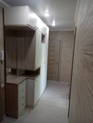 Распашной шкаф интересной конструкции в Пензе