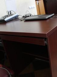 Стол для аппаратуры и мультимедийная трибуна