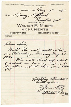 1940: Moore Monument