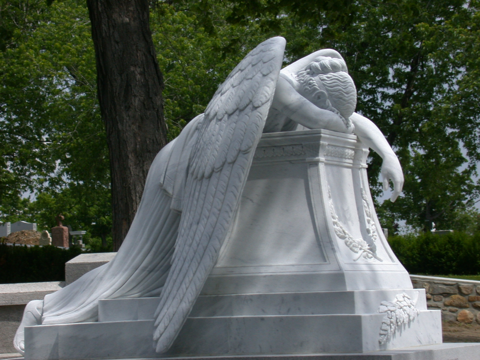 Montreal Angel of Grief 678