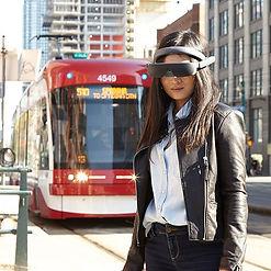 eSight4-Joy-Approaching-Streetcar-600x60