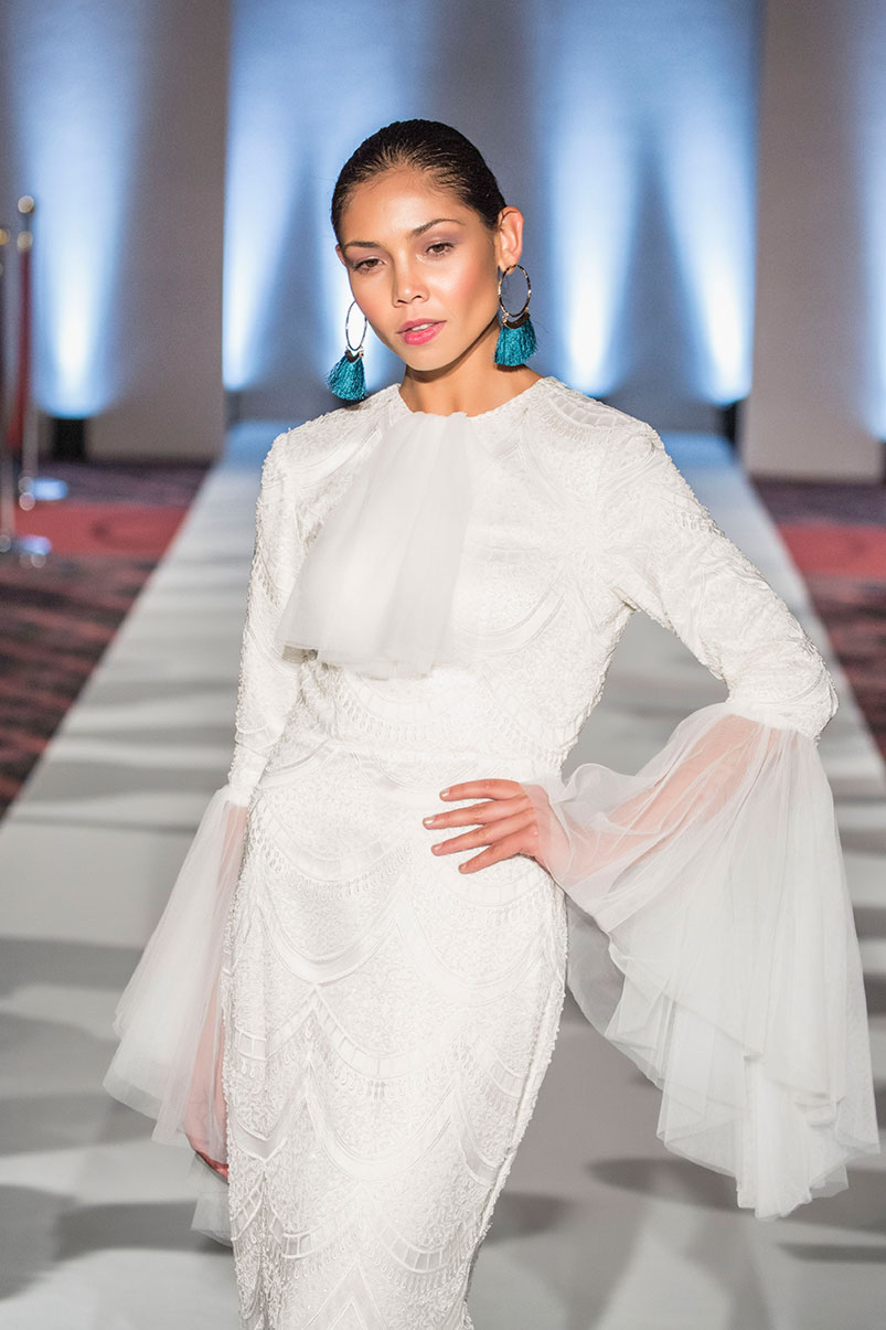 Tulle Sleeve Lace Wedding Dress