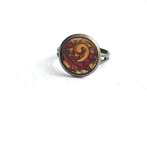 Vintage Tin Ring, Gold and Red Paisley