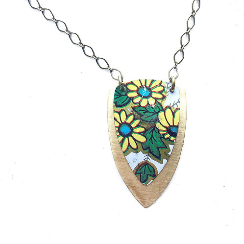 Vintage Tin Necklace Layered Arrow, Featuring Yellow Daisies