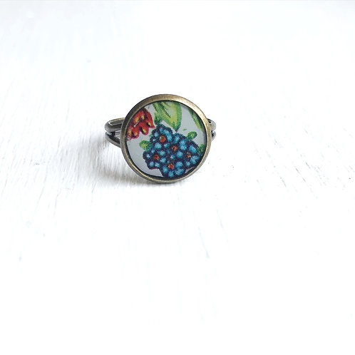 Vintage Tin Ring, Blue Bouquet