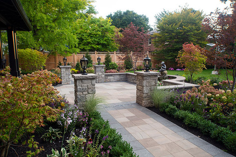 Concrete-Pavers-and-Walls-3.jpg