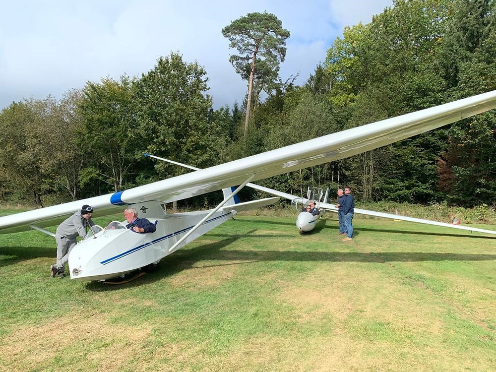 Slingsby T21 and Ka2b ready for depature