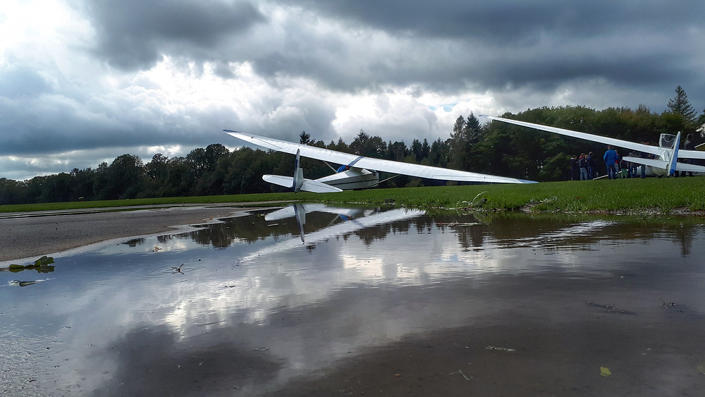 Slingsby T21 glider reflection