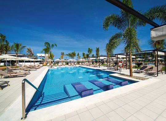 pool-riu-montego-bay-5_tcm55-245689.jpg