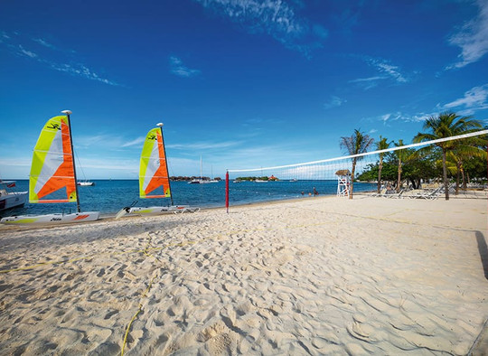 activities-beach-riu-montego-bay_tcm55-2