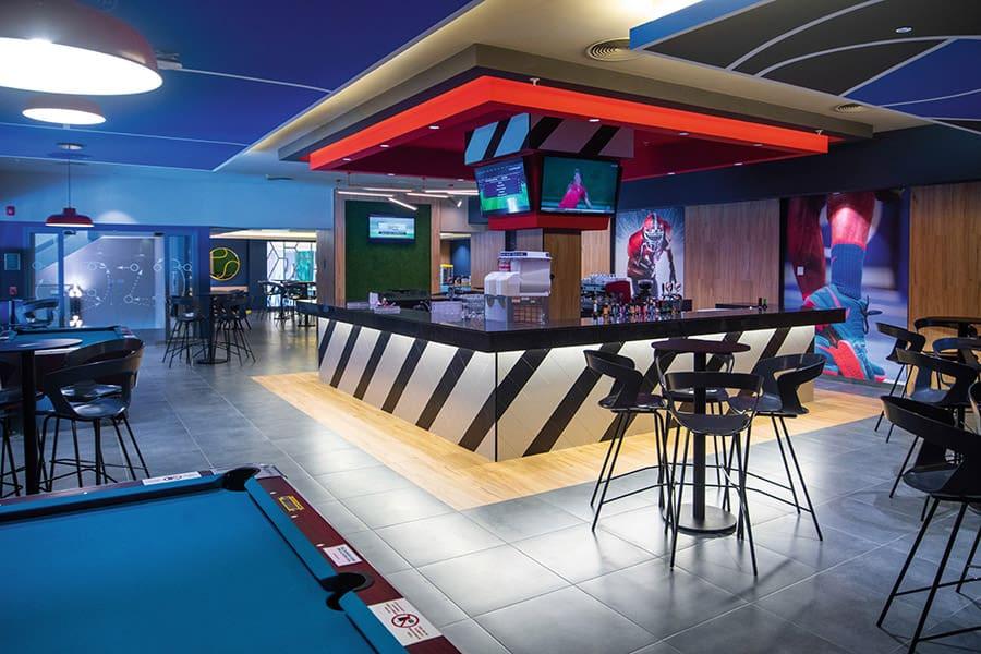 bar-sports-montego-bay-2_tcm55-245681.jp