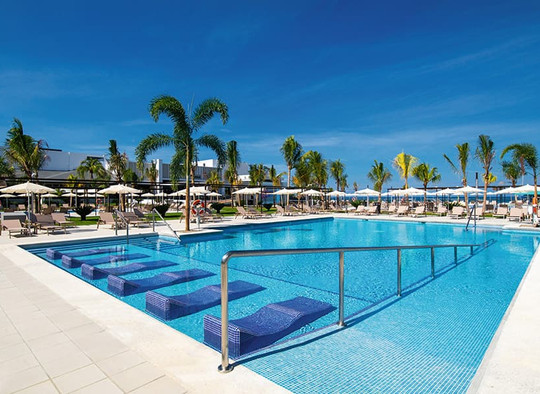 pool-riu-montego-bay-9_tcm55-245685.jpg